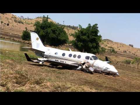 Avião faz pouso de mergência em fazenda no município de Vila Rica