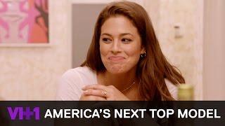 Ashley Graham Cooks Dinner & Bonds w/ Contestants 'Sneak Peek' | America's Next Top Model