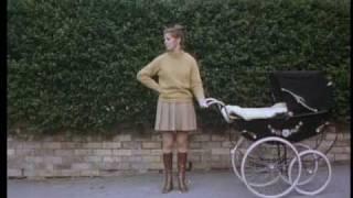Hombres convirtiéndose en escoceses - Man Turns Into Scotchman (Monty Python Flying Circus 1.7)