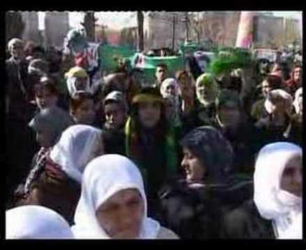 DTP Diyarbakır mitingi Apo'nun gösterisine dönüştü