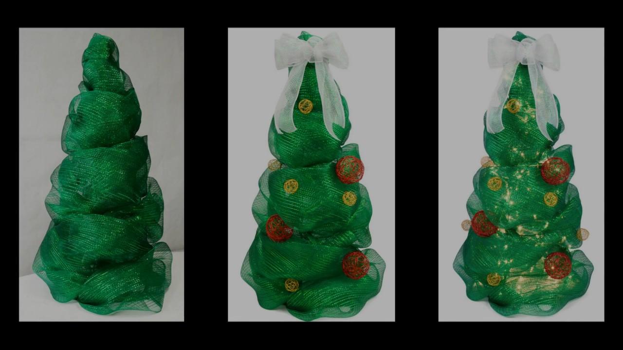 Easy Tomato Cage Christmas Tree Tutorial