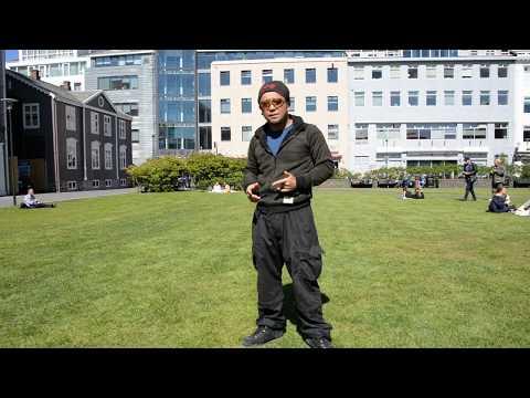 アキーラさん訪問!アイスランド・レイキャビク市街地の広場!Square in  Reykjavik city in Iceland