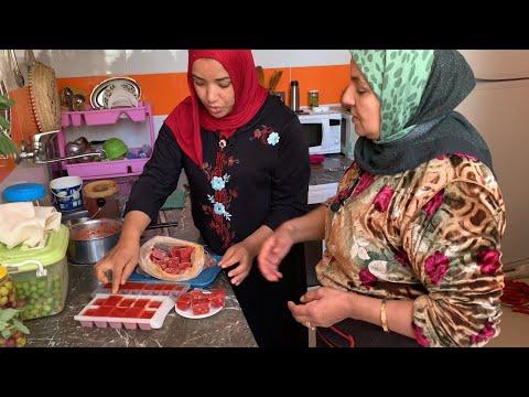 لن ترمي قشور الطماطم بعد مشاهدة هذا الفيديو