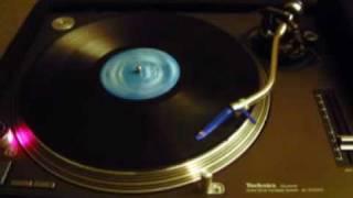 Trancesetters - Roaches (Peace Division Remix)