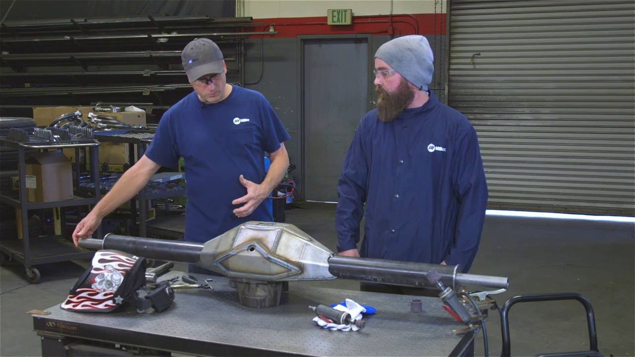 Miller Multimatic 215 >> Welding a Rear End Housing at Camburg Engineering with New ...