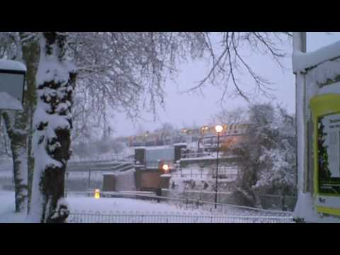 Snow in Chiswick, London Feb 2009 Pt 1 (View in High Quality)