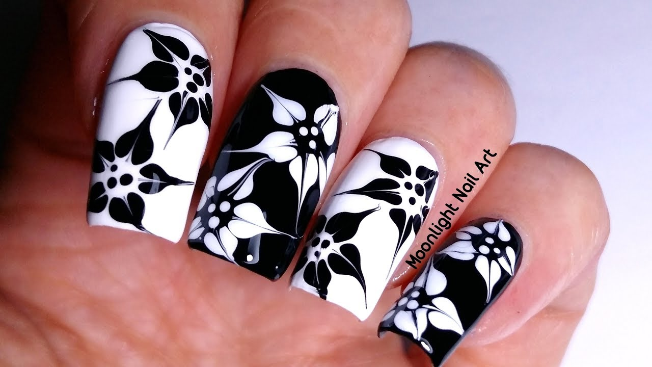 Nail Art Design Flower Black And White