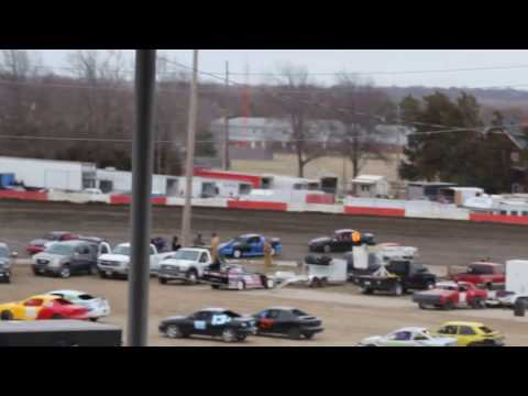 3/13/2017 BEATRICE SPEEDWAY COMPACT HEAT RACE