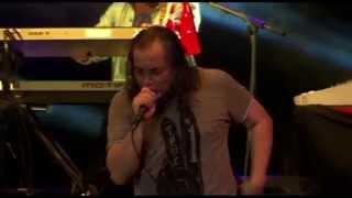 Konsert 2 Raksaksa Sweet Charity - Penunggu (Official Video)