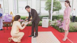 คุณหญิงพจมาน เข้าเฝ้าฯพระบาทสมเด็จพระเจ้าอยู่หัว ถวายรถพยาบาล   เนชั่นทันข่าวเที่ยง   NationTV22