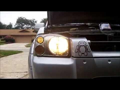 2003 Nissan Frontier Truck Headlight Bulb Replacement