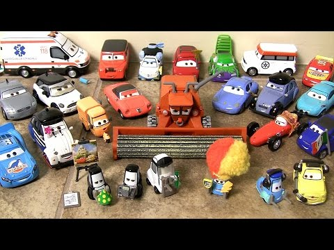 NEW Pixar Cars 2015 Frank the Combine, Carateka, Sally with Tattoo, Jessica GianPetrol Super Chase