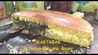 Street Food: Martabak Manis Jln. Surya Kencana
