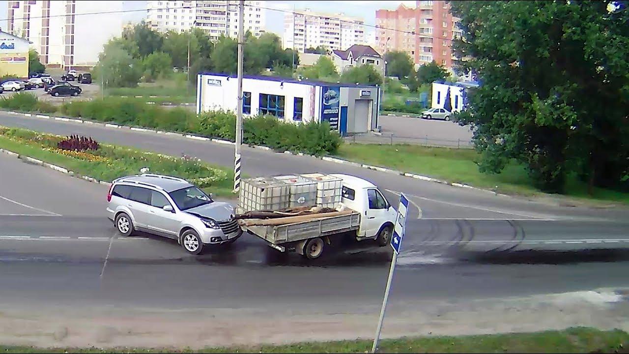 ДТП в Серпухове. Пляшущая Газель... 26 августа 2017г.