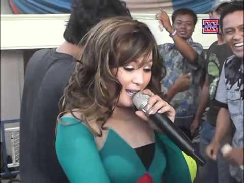 Ora Ndueni    Nada Ayu (Nunung Alvi)   Show  Juntinyuat