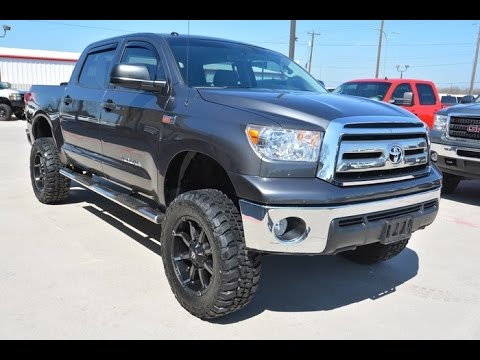 2013 toyota tundra crewmax 5 7l 4wd lifted truck youtube. Black Bedroom Furniture Sets. Home Design Ideas