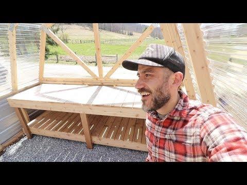 Let's BUILD! CEDAR GREENHOUSE TABLE (DIY)