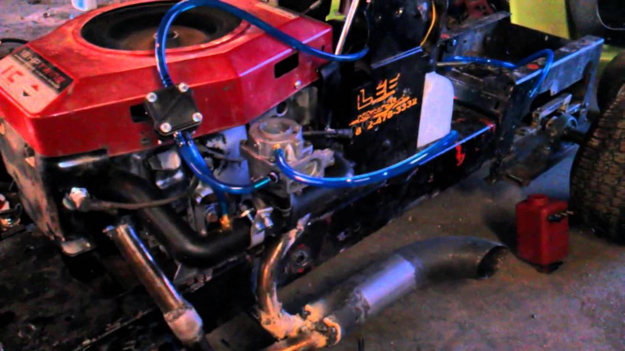 Briggs And Stratton Engine >> First Start Up Of Opposed Race Engine - YouTube