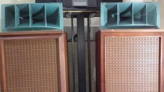 Test loa Altec 803A ...nhạc bolero hồi chuông xóm đạo Mạnh Đình