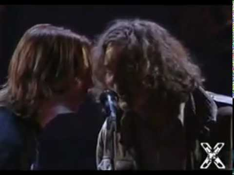 Neil Young & Pearl Jam  Rockin In The Free World 1993 at the MTV Music Awards