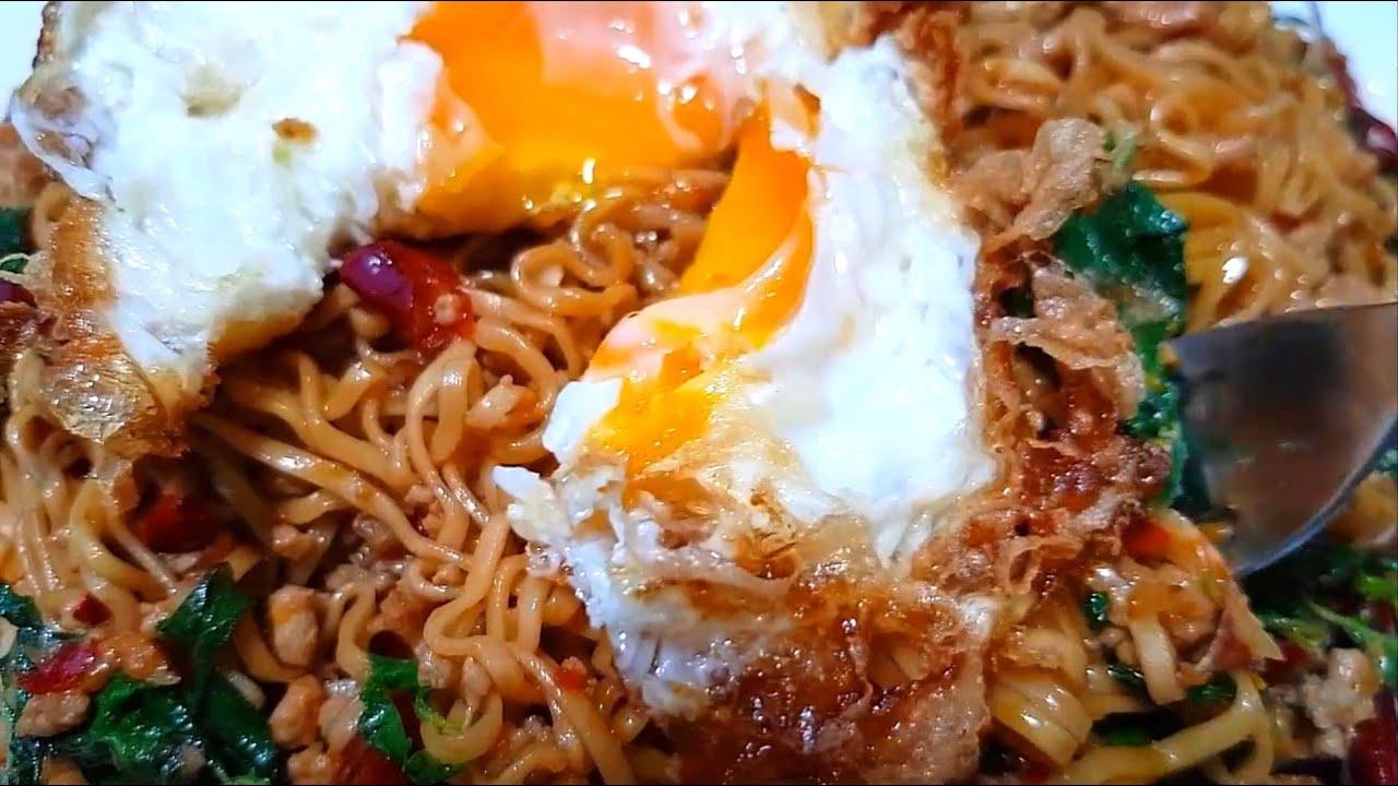 กับข้าวกับปลาโอ 744 มาม่าผัดกะเพราพริกแห้ง อร่อยง่ายๆ สบายกระเป๋า Fried instant noodle Holy basil