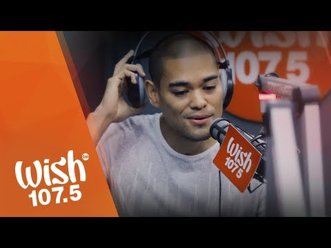 "Jay R sings ""Bakit Pa Ba"" LIVE on Wish 107.5 Bus"