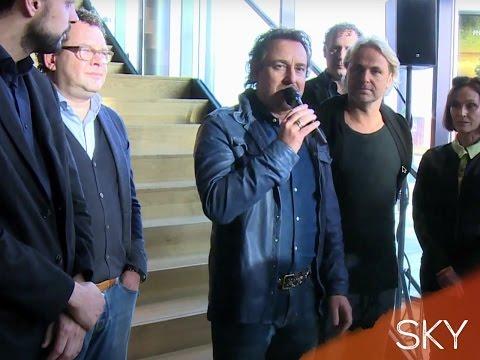 SKY - Cast presentatie