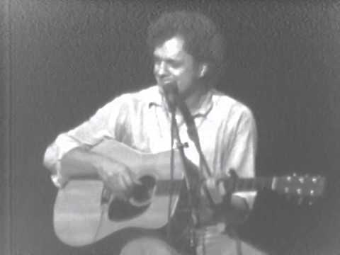 Harry Chapin - Poor Damned Fool / I Wanna Learn A Love Song - 10/21/1978 (Official)