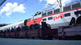 Электровоз с тепловозом грузовой и пассажирский поезд на ст  Юдино(Интересное на мой взгляд видео получилось., 2013-08-06T14:49:50.000Z)