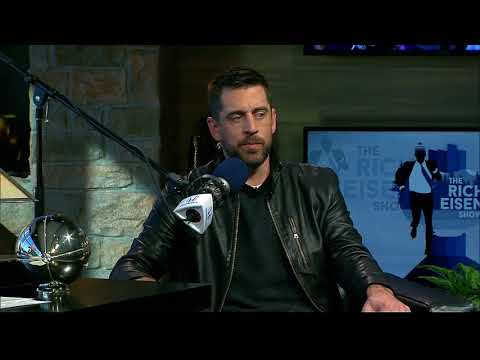 Packers QB Aaron Rodgers on How He Improved as a QB, Weighs in on SB52 & More - 2/1/18