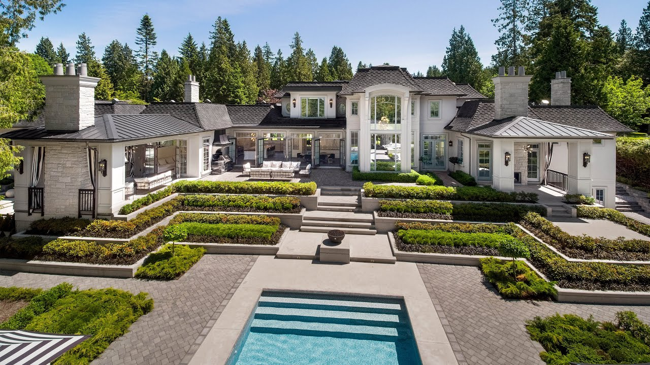Video Tour of this Grand-scale and Timeless French-Inspired Estate