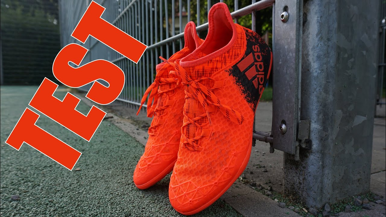 STREET FOOTBALL TEST : Adidas X16.1