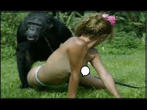 😍 Смешная девчонка и обезьяна в зоопарке😍