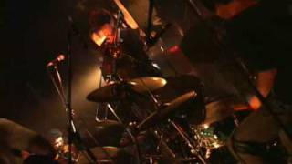 live shooting at Shibuya-Club-Quattro 02/10/2008 星野源(ギター) ...