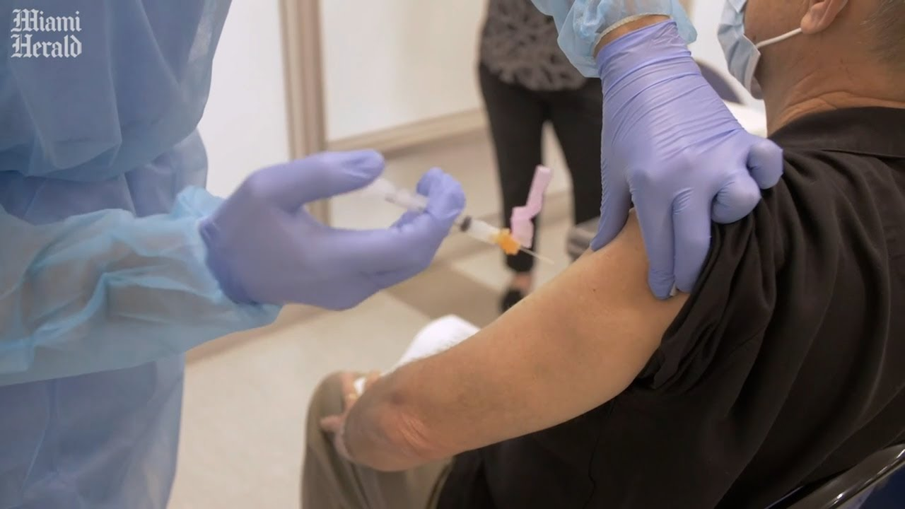 Here's what you can expect at your COVID-19 vaccine appointment
