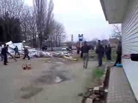 Кореновск в автошколе (досааф) ветром сорвало крышу 1