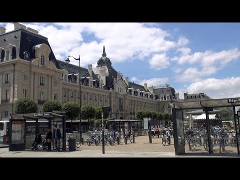 Rennes - city walk / tourisme HD
