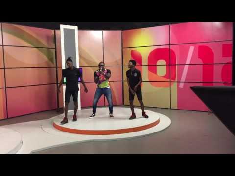 Zoca Zoca no programa 10/12 TPA television angola.