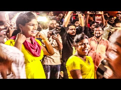2.0 FDFS: Thalaivar Fans Mass Celebration at Kasi Theatre   Rajinikanth