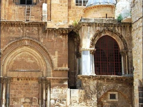 Rev. Noel Muscat explains about the Chapel of the Franks, Church of the Holy Sepulchre, Jerusalem