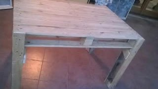 COSTRUIRE UN TAVOLO CON I PALLETS - Table made from pallets