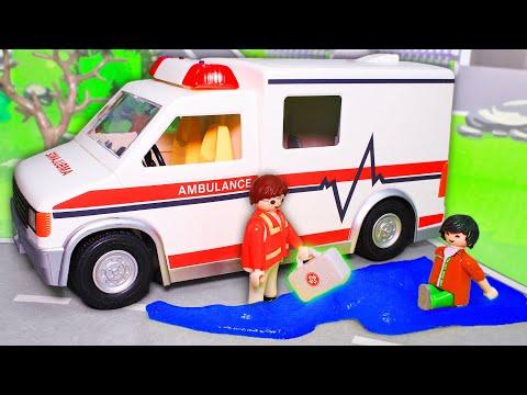 Мультик про машинки и слизь. Машины спасатели, мотоцикл полиция и скорая помощь. Игрушки Playmobil