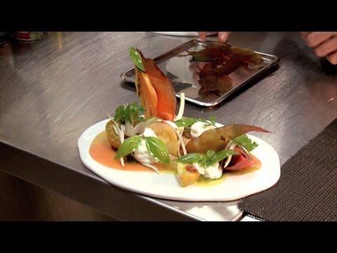 sublime salade de tomates youtube. Black Bedroom Furniture Sets. Home Design Ideas