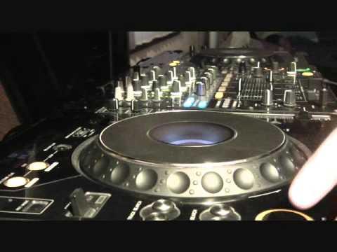 "DJ Mellow-Dee Feat. Technicidio - ""The Raissen Mix"""