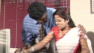 Boss Takes Advantage - Latest Tamil Movie Scenes - Tamil HD Movie Kadhal Kilukiluppu Movie Scene 2
