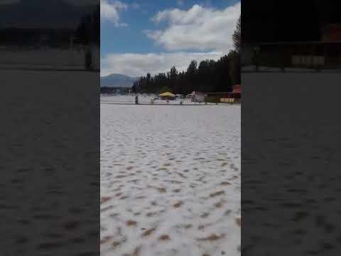 В разгар лета на побережье Иссык-Куля выпал снег