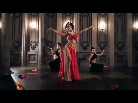 Beauty arabic east dance - Belly Violett Show 1001 and one n