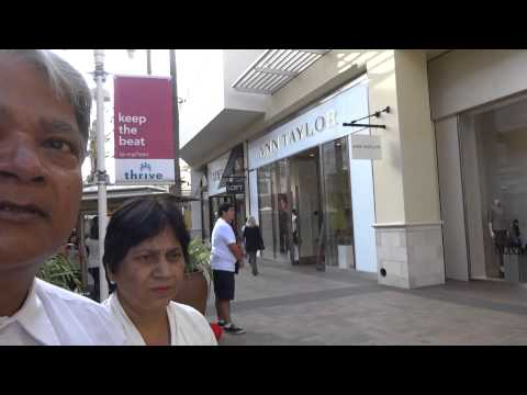 Aruna & Hari Sharma Shopping at Fashion Valley Shopping Mall San Diego, CA, USA Nov 07, 2013