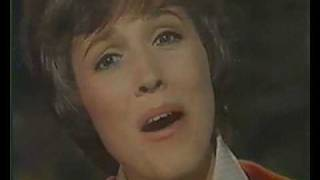 Julie Andrews - We