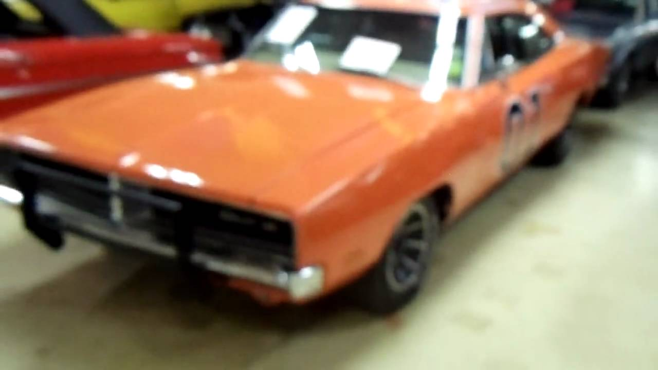General Lee Car >> The General Lee - 1969 Dodge Charger 440 Big block from ...